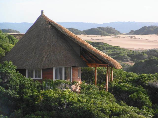 bungalow-dovela-ecolodge